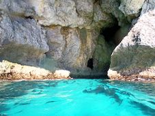 Snorkeling Cave